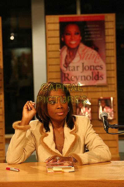 "STAR JONES REYNOLDS.Star Jones Reynolds book signing of ""SHINE"" held at Borders, Westwood, California, USA,.24 February 2006..half length booksigning.Ref: ADM/ZL.www.capitalpictures.com.sales@capitalpictures.com.©Zach Lipp/AdMedia/Capital Pictures."