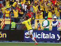 BARRANQUILLA  - COLOMBIA - 8-10-2015:Edwin Cardona jugador de la seleccion Colombia  celebra su gol contra la seleccion Peru durante primer partido  por por las eliminatorias al mundial de Rusia 2018 jugado en el estadio Metropolitano Roberto Melendez  / : Edwin Cardona  player of Colombia  celebrates his goal against  of selection of Peru during first qualifying match for the 2018 World Cup Russia played at the Estadio Metropolitano Roberto Melendez. Photo: VizzorImage / Felipe Caicedo / Staff.