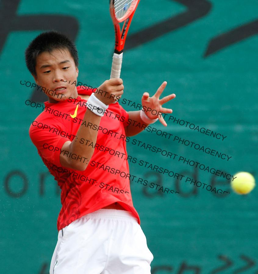 Tenis, World Championship U-14.World Championship U-14.Poland-China.Kamil Majchrzak Vs. Fajing Sun.Fajing Sun, returnes.Prostejov, 03.08.2010..foto: Srdjan Stevanovic/Starsportphoto ©