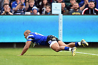 Jonathan Joseph of Bath Rugby scores the first try of the match. Gallagher Premiership match, between Bath Rugby and Wasps on May 5, 2019 at the Recreation Ground in Bath, England. Photo by: Patrick Khachfe / Onside Images