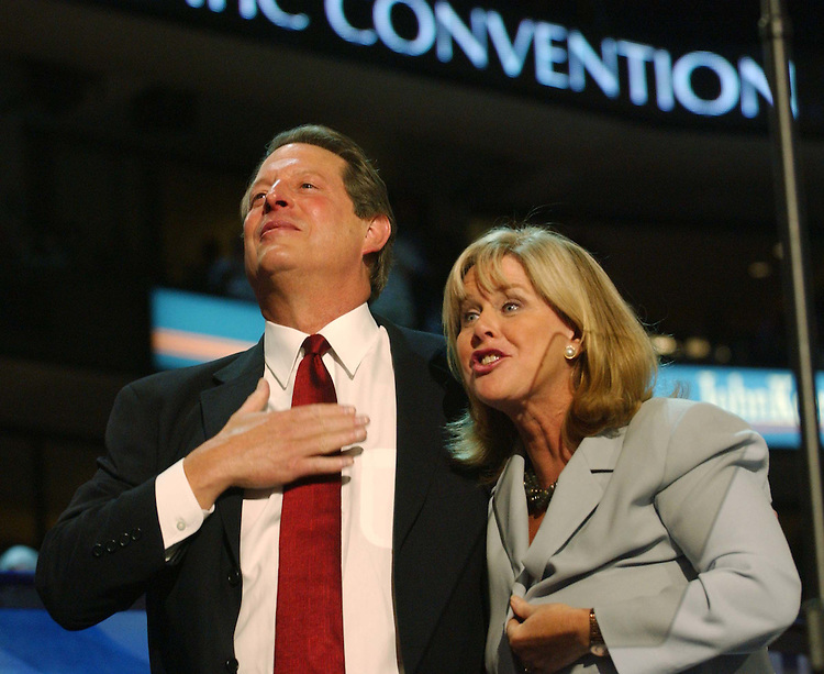 7/26/04.2004 DEMOCRATIC NATIONAL CONVENTION--Former Vice President and 2000 presidential candidate Al Gore, with wife Tipper, after speaking during the convention..CONGRESSIONAL QUARTERLY PHOTO BY SCOTT J. FERRELL
