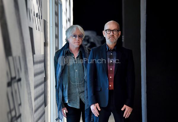 US-American musicians Mike Mills (r) and Michael Stipe, photographed in Berlin, Germany, 7 November 2017. The two artists are famous for being members of the band R.E.M., which split up in 2011. Photo: Britta Pedersen/dpa-Zentralbild/MediaPunch ***FOR USA ONLY***