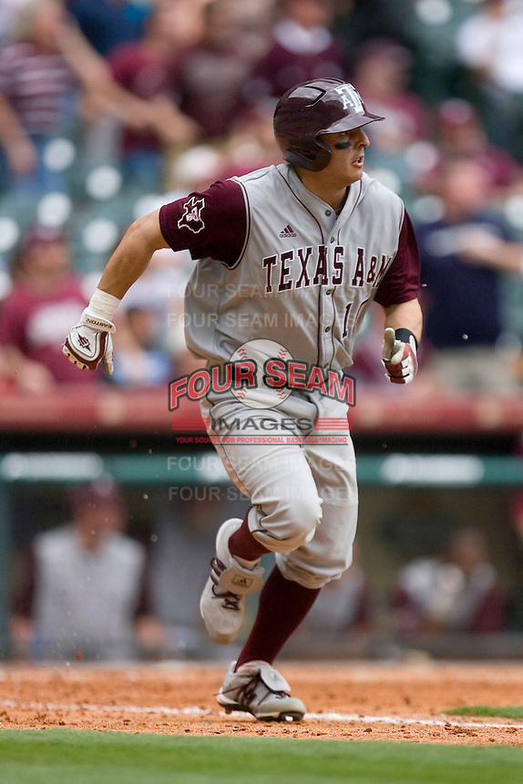 Kevin Gonzalez #10 of the Texas A&M Aggies hustles down the first base line versus the UC-Irvine Anteaters in the 2009 Houston College Classic at Minute Maid Park February 27, 2009 in Houston, TX.  The Aggies defeated the Anteaters 9-2. (Photo by Brian Westerholt / Four Seam Images)