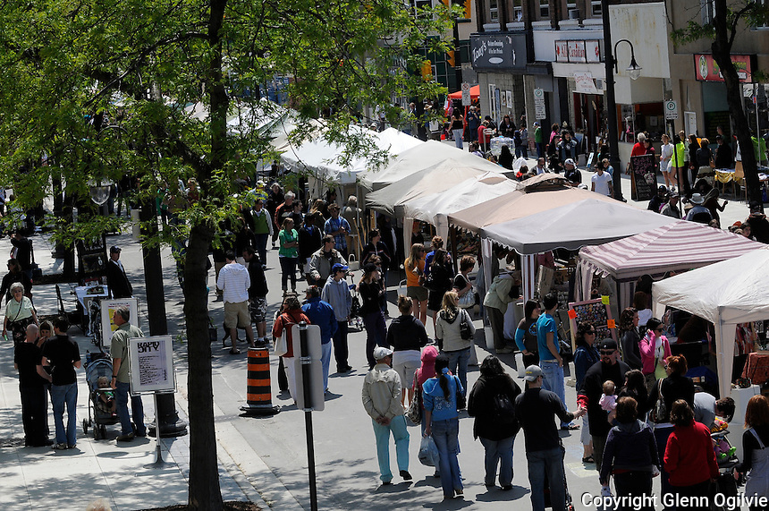 Downtown Sarnia comes alive with Artwalk09