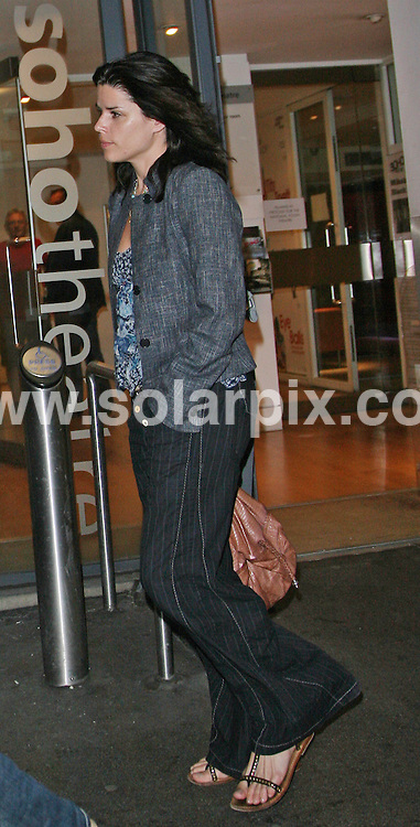 **ALL ROUND PICTURES FROM SOLARPIX.COM**.**WORLDWIDE SYNDICATION RIGHTS**.One night in Soho, London, UK. 17 August 2009..This pic: Neve Campbell leaves the Soho Theatre after the Press night of Tits and Teeth at the Soho Theatre..JOB REF: 9762 LNJ     DATE: 17_08_2009.**MUST CREDIT SOLARPIX.COM OR DOUBLE FEE WILL BE CHARGED**.**MUST NOTIFY SOLARPIX OF ONLINE USAGE**.**CALL US ON: +34 952 811 768 or LOW RATE FROM UK 0844 617 7637**