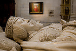 Effigies of High Constable Don Pedro Fernandez de Velasco and Dona Mencia de Mendoza y Figueroa in Constable Chapel, Cathedral, Burgos, Spain