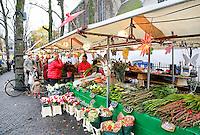 Nederland Utrecht 2015 11 07. Bloemenverkoop bij de Janskerk. Foto Berlinda van Dam / Hollandse Hoogte