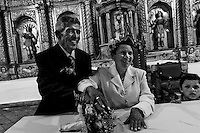 Two Colombian seniors got married in the Church of Villa de Leyva, Colombia, 26 March 2006.