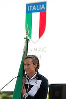 Federica Pellegrini con la bandiera<br /> Federica Pellegrini carrying the flag<br /> Roma 22-06-2016 Quirinale. Incontro del presidente con gli atleti che parteciperanno alle olimpiadi e alle paralimpiadi di Rio 2016, e consegna della bandiera alle rispettive portabandiera, che quest'anno sono due donne.<br /> Rome 22nd June 2016. Quirinal. The President meets the italian athletes of the Rio 2016 Olympic Games and delivers the flag to the respective standard-bearers<br /> Photo Samantha Zucchi Insidefoto