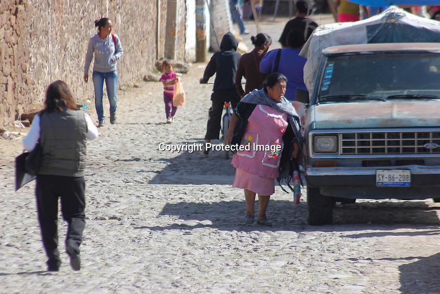 61AACO13....11 DE DICIEMBRE DE 2013.....LIDERA MUJERES REZAGO EDUCATIVO EN SAN JUAN DEL RIO.....FOTO EDUARDO TREJO