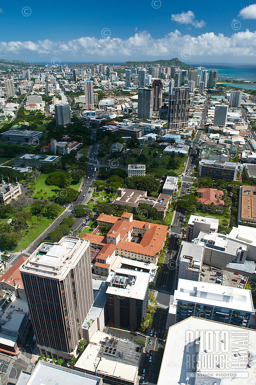 Aerial view from downtown Honolulu to Diamond Head