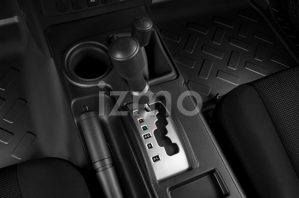 Gear shift detail view of a 2008 Toyota FJ Cruiser