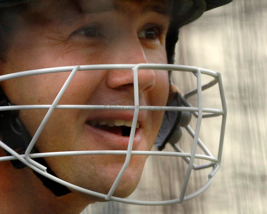 Photo: Glyn Thomas..Australia training. nPower Test Match Series, The Ashes 2nd Test..03/08/2005..Australia's captain Ricky Ponting in the nets.