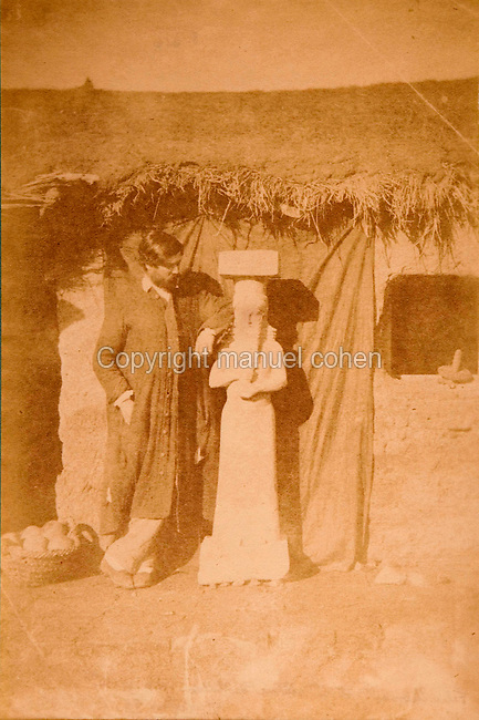 EXCLUSIVE (b/w photo) Félix Thomas and one of the two statues of kings or high officials located at the entrance Z of the harem of Sargon II palace, Khorsabad, Iraq, Middle East...Additional info :..Félix Thomas (?) et 1ere statue du harem (N. A. pl. 31bis). Voir photo N° 54