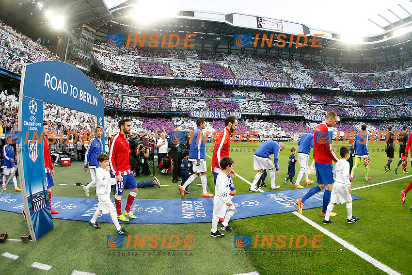 Real Madrid's players  and Atletico de Madrid's players during Champions League 2014/2015 Quarter-finals 2nd leg match.April 22,2015. (ALTERPHOTOS/Acero) <br /> Madrid 22-04-2015 Stadi Santiago Bernabeu Football Calcio 2014/2015 Real Madrid - Atletico Madrid Uefa quarte finals  Champions League <br /> Foto Alterphotos / Insidefoto <br /> ITALY ONLY