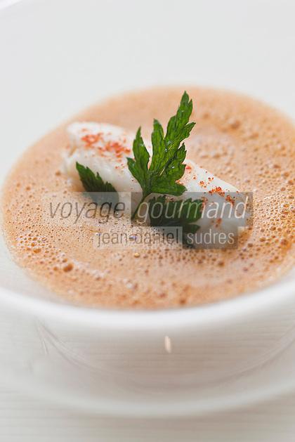 Europe/France/Aquitaine/33/Gironde/Médoc/Pauillac: Bonbon de sole avec sa niçoise croquante, son jus de bouillabaisse,  recette de Jean-Luc Rocha -  Château Cordeillan-Bages
