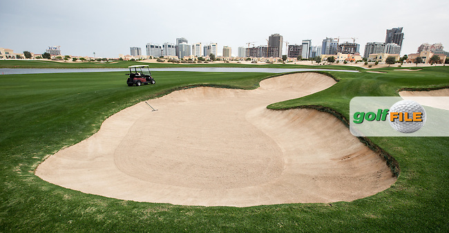 Large fairway bunkers ahead of the 7th at The Els Club , Dubai, United Arab Emirates.  28/01/2016. Picture: Golffile | David Lloyd<br /> <br /> All photos usage must carry mandatory copyright credit (&copy; Golffile | David Lloyd)