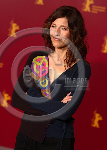"BERLIN - GERMANY 176. FEBRUARY 2006 -- Berlin Filmfestival  -  Berlinale 2006   - US Actress Catherine Keener .  -- PHOTO: UFFE NOEJGAARD / EUP-IMAGES..This image is delivered according to terms set out in ""Terms - Prices & Terms"". (Please see www.eup-images.com for more details)."