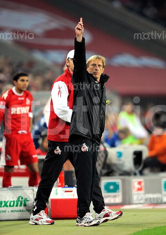 FUSSBALL   1. BUNDESLIGA   SAISON 2008/2009   6. SPIELTAG 1.FC Koeln - FC Schalke 04          26.09.2008 Trainer Christoph DAUM (Koeln) gestikulierend an der Seitenlinie.
