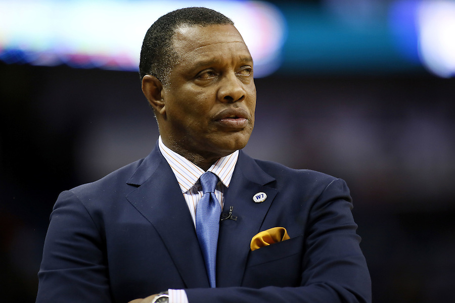 New Orleans Pelicans head coach Alvin Gentry reacts during the first half of an NBA basketball game against the Oklahoma City Thunder Thursday, Feb. 25, 2016, in New Orleans. (AP Photo/Jonathan Bachman)