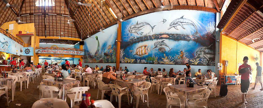 Buzos restaurant. Acapulco, Guerrero, Mexico