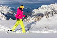 Europe, Autriche, Tyrol (Land), Tyrol du Nord, env de  Hall en Tyrol: Randonn&eacute;e en raquettes // Europe, Austria, Tyrol (state), Near Hall in Tirol: Snowshoeing<br /> Auto:N&deg; 2014-175