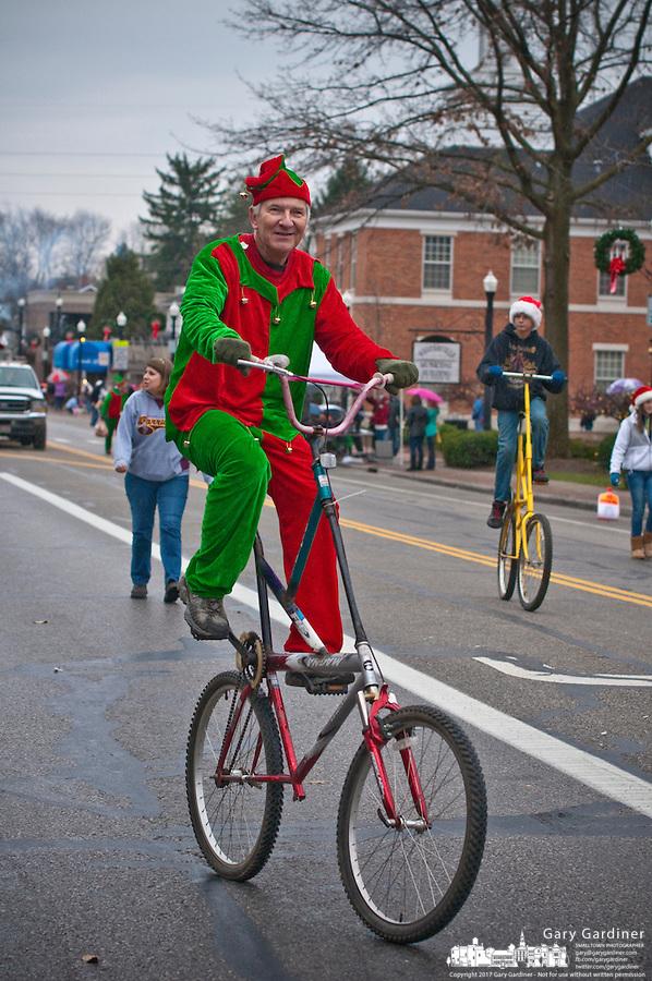 christmas-parade-2011-12-4-00133.jpg