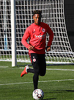 Jonathan de Guzman (Eintracht Frankfurt) - 10.10.2018: Eintracht Frankfurt Training, Commerzbank Arena, DISCLAIMER: DFL regulations prohibit any use of photographs as image sequences and/or quasi-video.