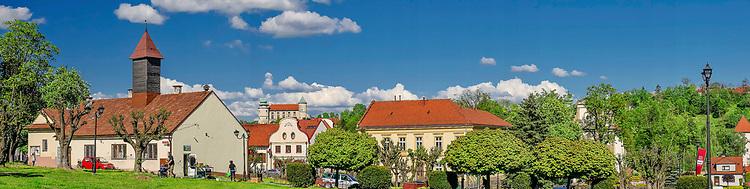 Panorama centrum miasta Nowy Wiśnicz, Polska<br /> Panorama of downtown Nowy Wiśnicz, Poland