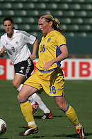 Birgit Prinz, left, Frida Oestberg, right, Germany 2-1 over Sweden at the  WWC 2003 Championships.