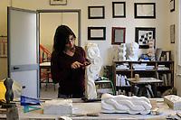 Istituto Statale d'Arte e Liceo Artistico Roma 2.Esercitazione didattica degli studenti della sezione di marmo e scultura..State Institute of Art and Art School Roma. Tutorial teaching of students in the section of marble sculptur..