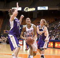 Boise St Basketball W 2007-08 vs. Washington