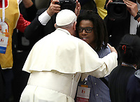 Papa Francesco arriva in Aula Paolo VI in Vaticano. 17 novembre 2019 .<br /> Sua Santità ha offerto un pranzo ai bisognosi dopo aver celebrato una Messa in occasione della Giornata Mondiale dei Poveri.<br /> Pope Francis greets people as he arrives for a lunch, on November 17, 2019, at the Paul VI audience hall in Vatican, to mark the World Day of the Poor. <br /> UPDATE IMAGES PRESS/Isabella Bonotto<br /> <br /> STRICTLY ONLY FOR EDITORIAL USE
