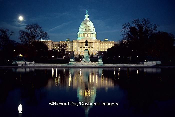 63395-00208 United States Capitol building at twilight.   Washington, DC