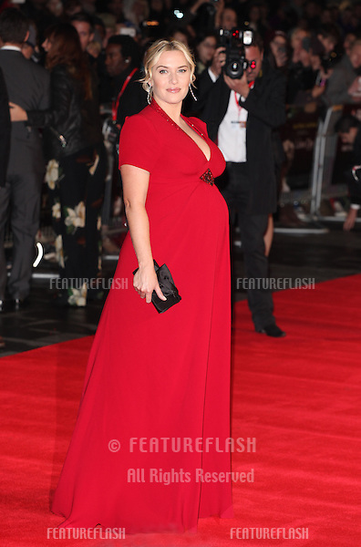 Kate Winslet arriving for the Labor Day Premiere, at the BFI London Film Festival, Odeon Leicester Square, London. 14/10/2013 Picture by: Alexandra Glen / Featureflash