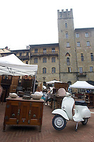 La Fiera Antiquaria di Arezzo.<br /> Antiquarian Fair in downtown Arezzo, Tuscany.<br /> UPDATE IMAGES PRESS/Riccardo De Luca