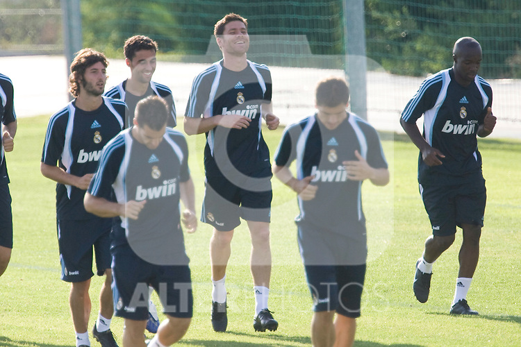 Real Madrid's new player Xavi Alonso during training sesion. August 05 2009. (ALTERPHOTOS).