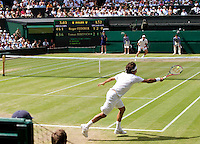 Roger Federer (SUI) (1) aganst Tomas Berdych (CZE) (12) in the quarter-finals of the men's singles. Tomas Berdych beat Roger Federer 6-4 3-6 6-1 6-4..Tennis - Wimbledon Lawn Tennis Championships - Day 11 Fri 2nd Jul 2010 -  All England Lawn Tennis and Croquet Club - Wimbledon - London - England..© FREY - AMN IMAGES  Level 1, Barry House, 20-22 Worple Road, London, SW19 4DH.TEL - +44 (0) 20 8947 0100.Email - mfrey@advantagemedianet.com.www.advantagemedianet.com