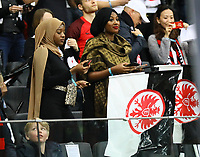 Fans von Eintracht Frankfurt - 18.04.2019: Eintracht Frankfurt vs. Benfica Lissabon, UEFA Europa League, Viertelfinale, Commerzbank ArenaDISCLAIMER: DFL regulations prohibit any use of photographs as image sequences and/or quasi-video.