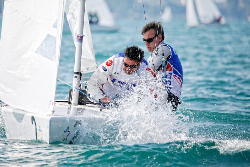 Bow n: 2, Skipper: Xavier Rohart Crew: Stefanano Lillia, Sail n: FRA 8237
