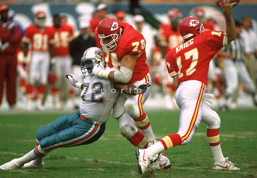 Kansas City Chiefs John Alt  (76) during a game from his 1993 season with the Kansas City Chiefs. John Alt  played for 13 seasons all with Kansas City Chiefs and was a 2-time Pro Bowler.