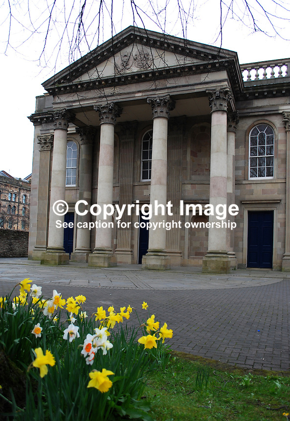 St George's Church of Ireland, High Street, Belfast, N Ireland, UK, 200903172027..Copyright Image from Victor Patterson, 54 Dorchester Park, Belfast, UK, BT9 6RJ..Tel: +44 28 9066 1296.Mob: +44 7802 353836.Voicemail +44 20 8816 7153.Skype: victorpattersonbelfast.Email: victorpatterson@mac.com.Email: victorpatterson@ireland.com (back-up)..IMPORTANT: If you wish to use this image or any other of my images please go to www.victorpatterson.com and click on the Terms & Conditions. Then contact me by email or phone with the reference number(s) of the image(s) concerned.