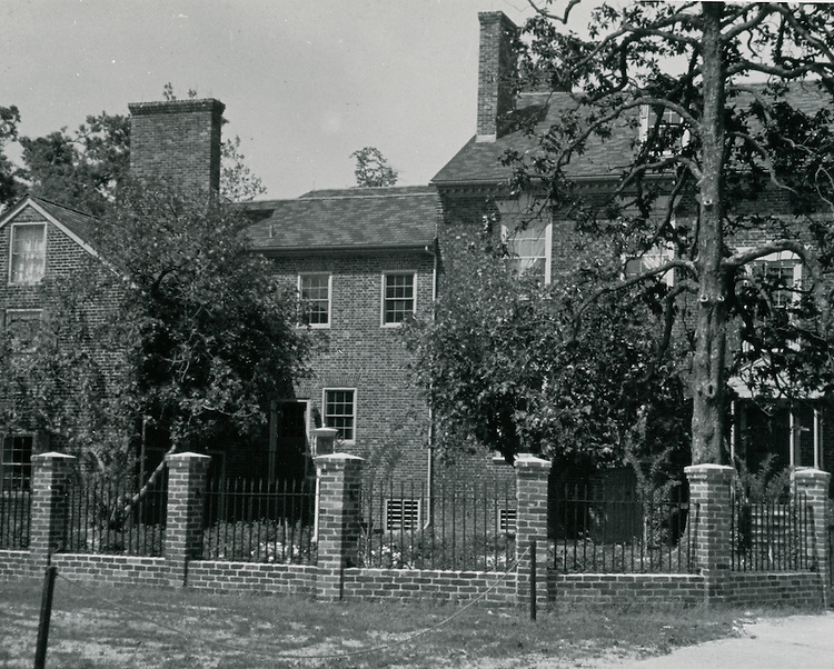 1963  July  30..Historical         ..MOSES MYERS HOUSE..PHOTO CRAFTSMEN INC..NEG# 52-040.962-D..
