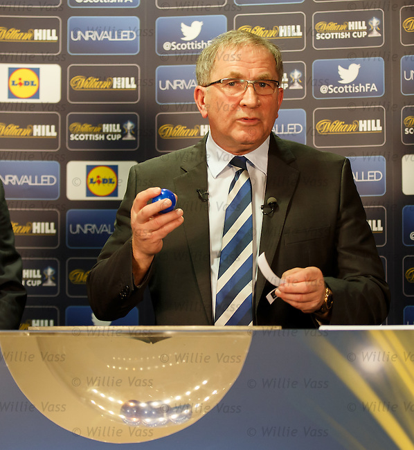 SFA president Alan McRae with the errant Greenock Morton slip and calls for help as the first draw is abandoned