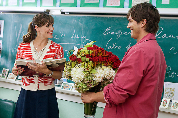 JENNIFER GARNER & ASHTON KUTCHER  in Valentine's Day.*Filmstill - Editorial Use Only*.CAP/FB.Supplied by Capital Pictures.