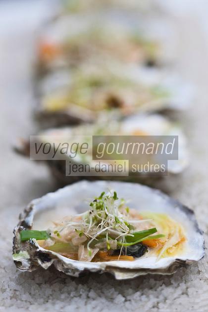 Europe/France/Poitou-Charentes/17/Charente-Maritime/Ile de Ré/Ars-en-Ré: Huîtres chaudes au beurre blanc, recette de Pascal Godin - restaurant: Le Grenier à Sel