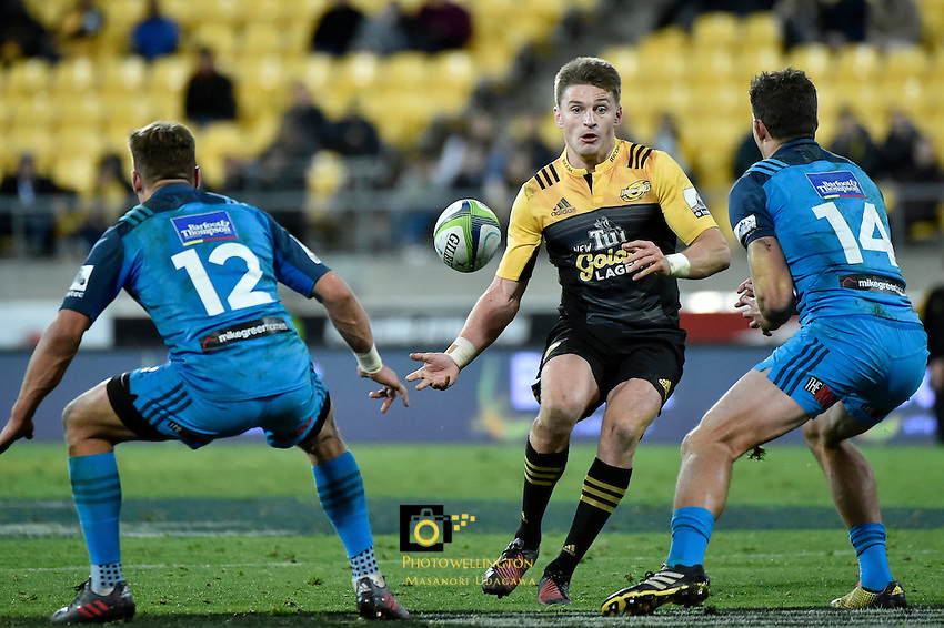 Hurricanes' Beauden Barrett in action during the Super Rugby - Hurricanes v Blues at Westpac Stadium, Wellington, New Zealand on Saturday 2 July 2016. <br /> Photo by Masanori Udagawa. <br /> www.photowellington.photoshelter.com.
