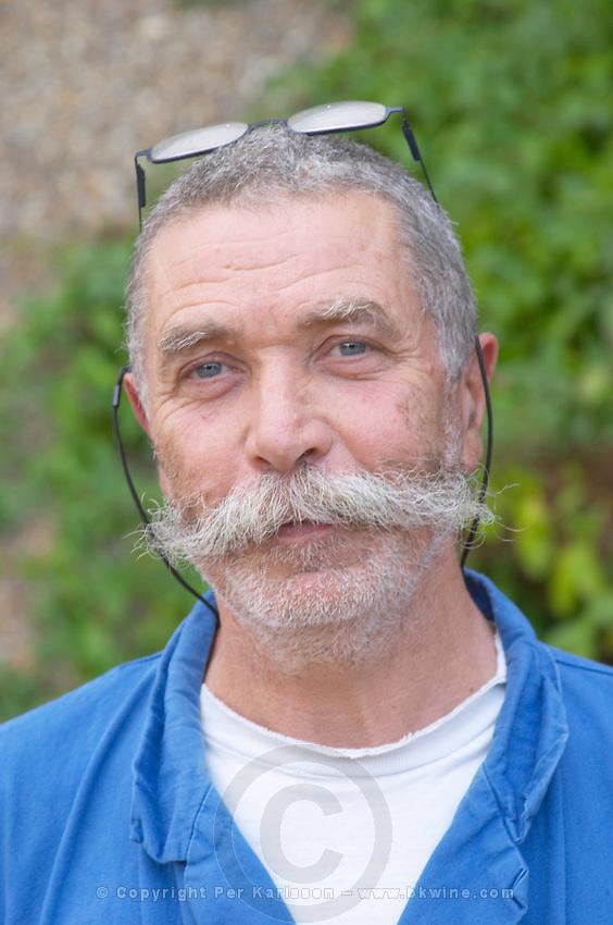 serge ferigoule owner domaine sang des cailloux vacqueyras rhone france