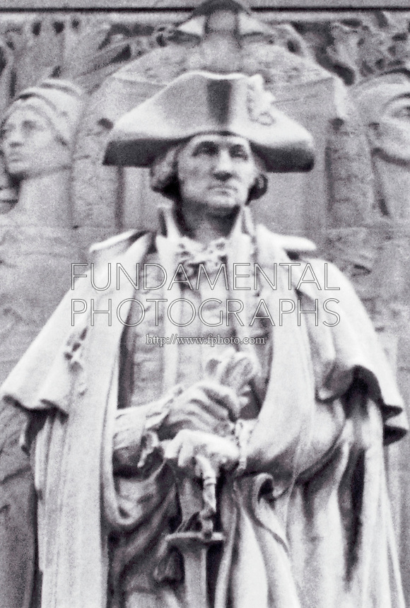 ACID RAIN DAMAGE TO STATUE OF WASHINGTON <br />