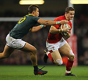2nd December 2017, Principality Stadium, Cardiff, Wales; Autumn International Rugby Series, Wales versus South Africa; Hallam Amos of Wales evades Handre Pollard of South Africa